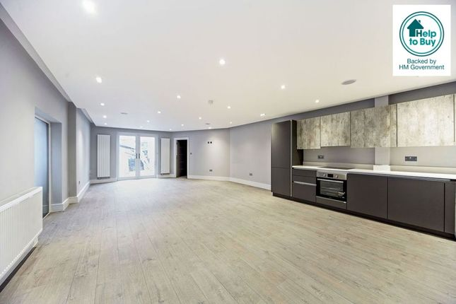 Thumbnail Flat for sale in Hartley Down, Purley
