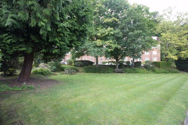 2 bed block of flats to rent in London Road, Harrow, Middlesex HA1