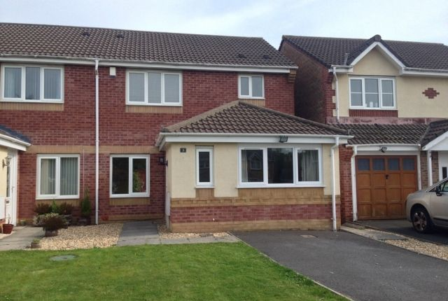 3 bed semi-detached house to rent in Ffordd Y Glowr, Pontarddulais SA4