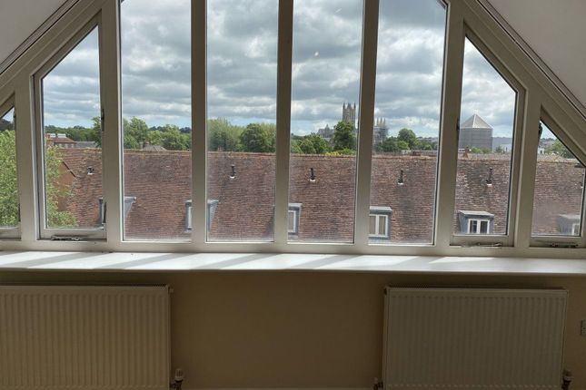 4 bed property to rent in Station Road West, Canterbury, Kent CT2