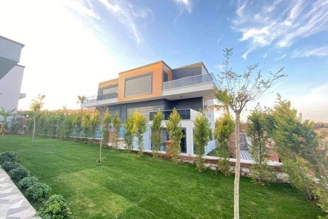 Villa for sale in Altinkum, Didim, Aydin City, Aydın, Aegean, Turkey