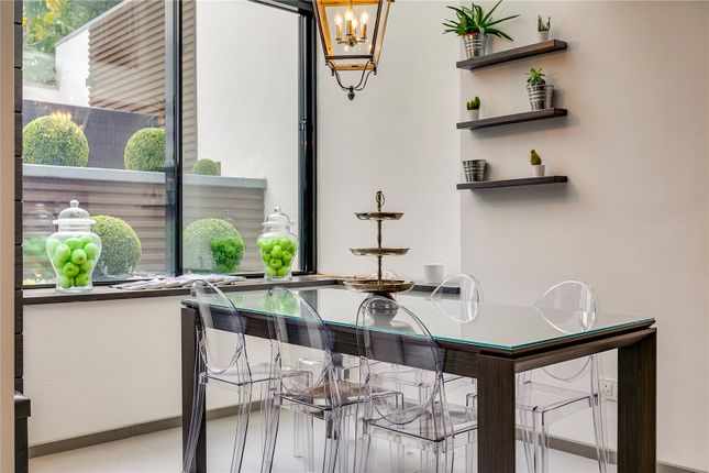 Living Space of Chepstow Road, London W2