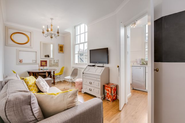 Thumbnail Flat to rent in St George's Drive, Pimlico, London