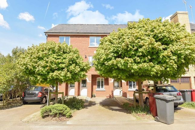 Front View of Iliffe Close, Reading RG1