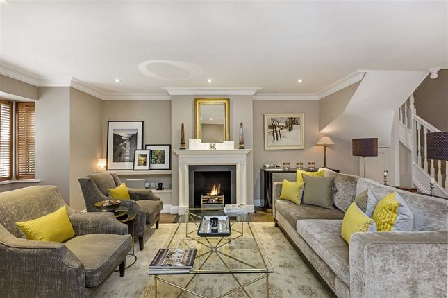Thumbnail Terraced house for sale in Polperro Mews, London