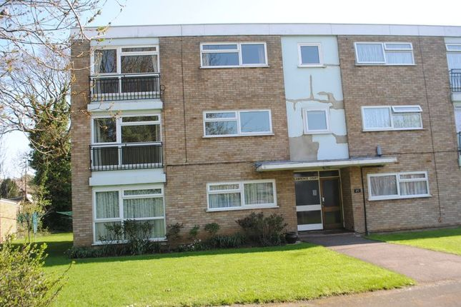 Thumbnail Flat to rent in St Lawrence Gardens, Eastwood, Essex
