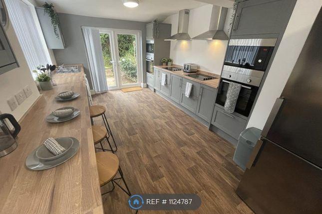 Thumbnail Room to rent in Bedford Road, Birkenhead