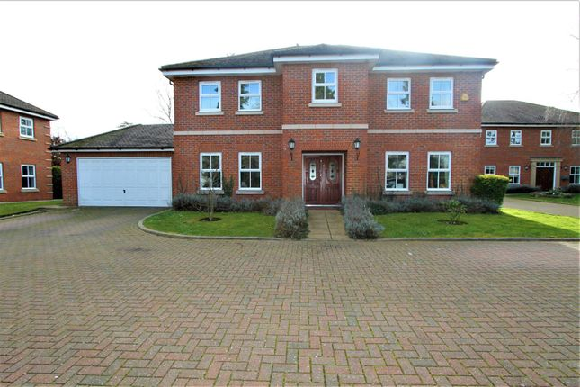 Thumbnail Detached house for sale in Clayton Drive, Hemel Hempstead