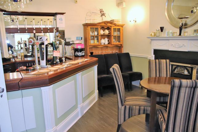 Thumbnail Hotel/guest house for sale in Hotel & Guest Houses LS19, Rawdon, West Yorkshire