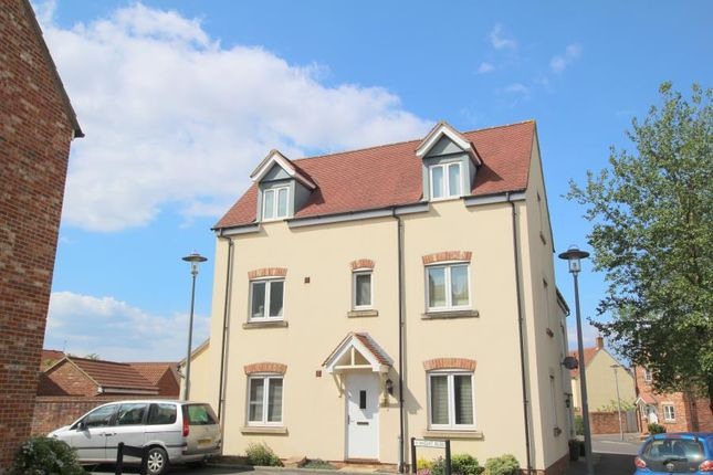 Thumbnail Semi-detached house to rent in Wight Row, Portishead, Bristol
