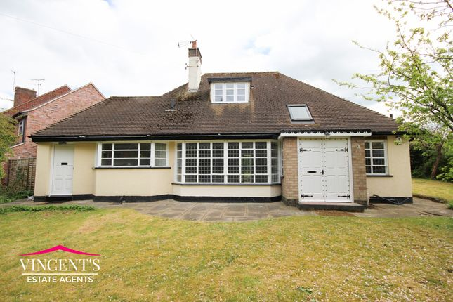 Thumbnail Bungalow for sale in Glen Way, Oadby