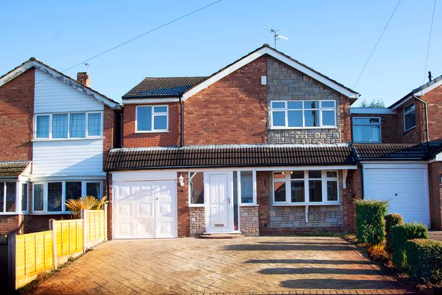 Thumbnail Detached house for sale in Winford Avenue, Kingswinford