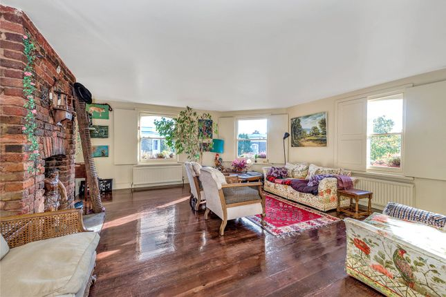 Thumbnail Maisonette for sale in Golborne Road, London