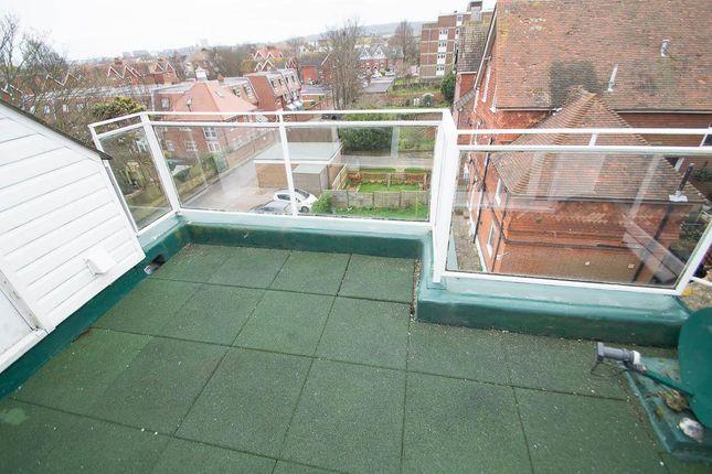 Eversfield road eastbourne bn21 3 bedroom flat for sale for 50 eastbourne terrace