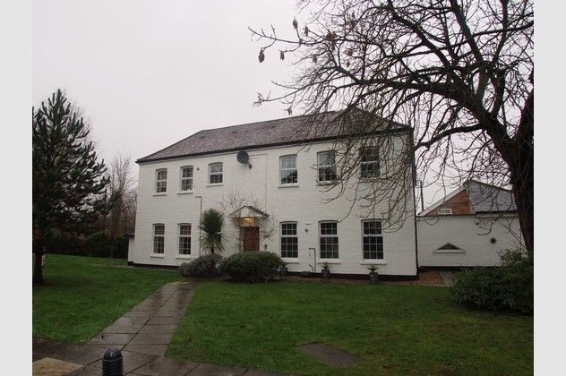 Thumbnail Flat for sale in Warfield Chase, Oxfordshire Place, Warfield, Bracknell, Berkshire