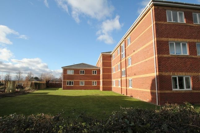 2 bed flat to rent in Haywards Gate, 73 Bristol Road, Quedgeley GL2