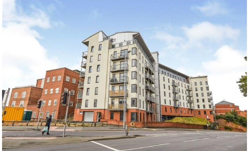 1 bed flat to rent in Park West, Canning Circus, Derby Road NG7