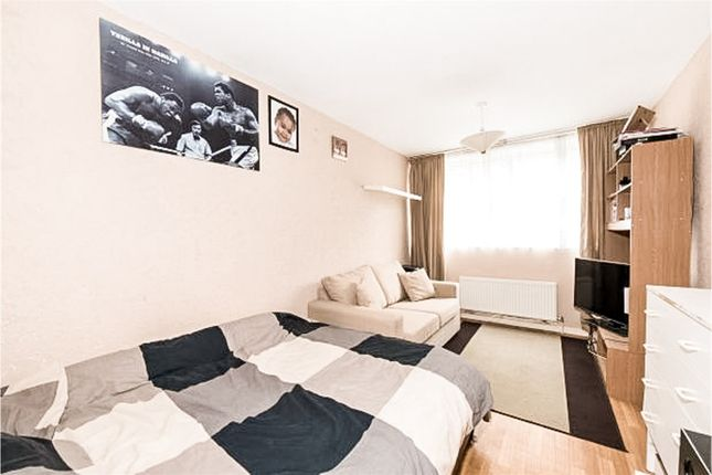 Thumbnail Maisonette for sale in Marlborough Road, Archway