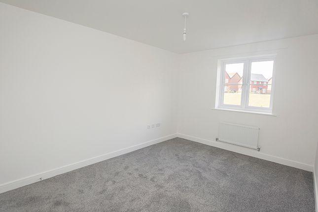 2 bedroom flat for sale in 1 Primrose Court, Colden Common