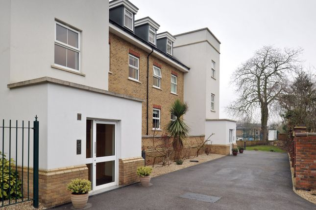 Flat for sale in Warne Court, Enfield