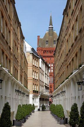 Image of W6, Pinks Mews, 1-6 Dyer's Buildings, Holborn, London EC1N