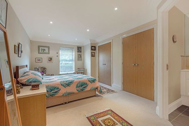 Bedroom 1 of Franklin Court, Wormley, Godalming GU8