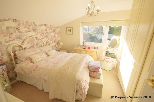 Bedroom 1 of Highfields, Cuffley, Potters Bar EN6