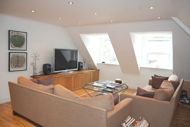 2 bed flat to rent in Metro Court, Amersham HP6