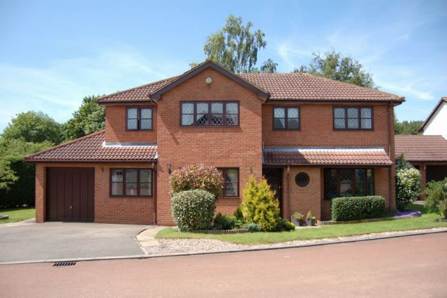 Thumbnail Detached house for sale in Laneside Hollow, East Hunsbury, Northampton