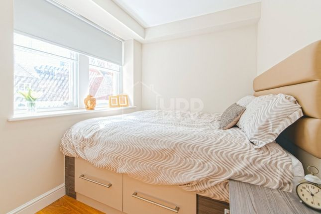 Thumbnail Flat to rent in St Paul's Street, Leeds, West Yorkshire
