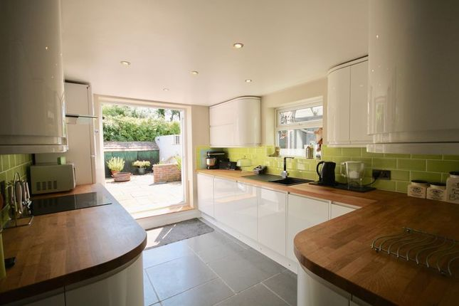 Thumbnail Cottage for sale in Dorchester Road, Maiden Newton