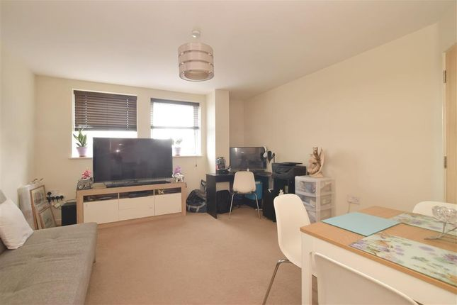 2 bed flat for sale in High Street, Cosham, Portsmouth, Hampshire PO6
