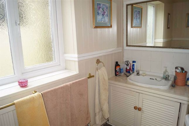 Bathroom of Cilhaul Terrace, Mountain Ash CF45