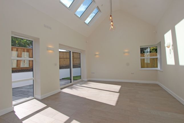 Living Room of Willand Road, Cullompton EX15
