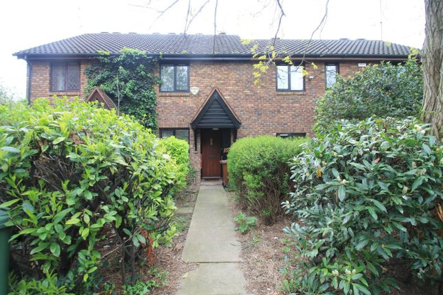 Thumbnail Terraced house to rent in Allendale Close, London