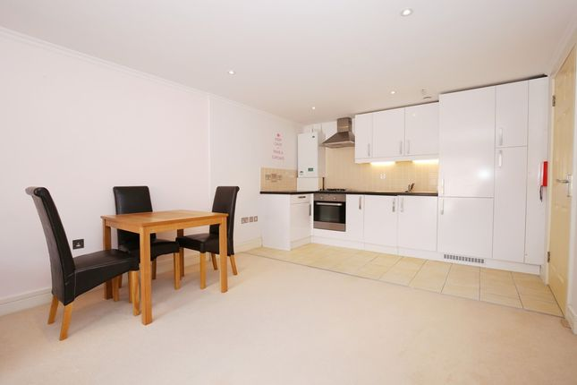 Thumbnail Maisonette to rent in Breer Street, London