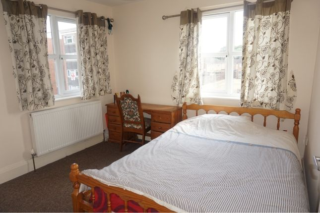 Bedroom Two of 204 Emscote Road, Warwick CV34