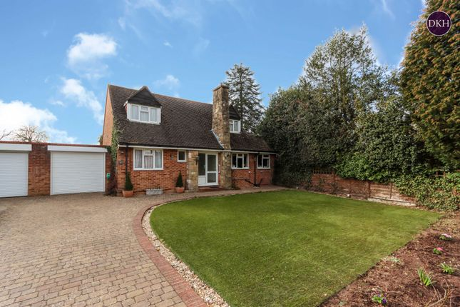 3 bed detached house for sale in Rushmoor Close, Rickmansworth WD3