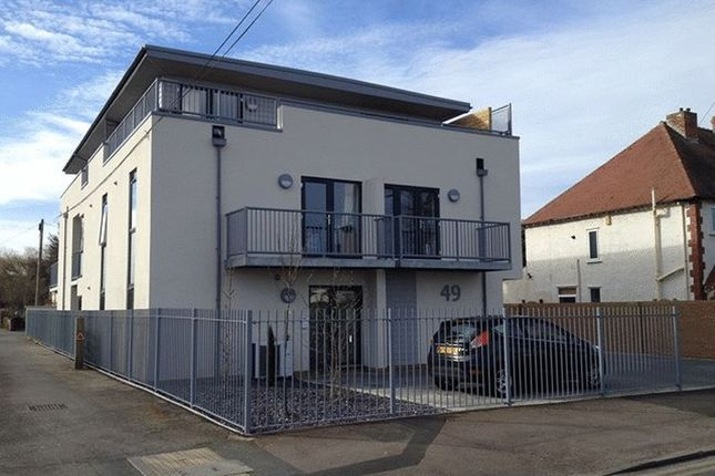 1 bed flat to rent in Whaddon Road, Cheltenham