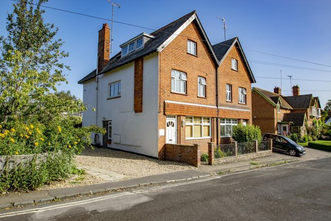 Thumbnail Flat for sale in Red Cross Road, Goring On Thames