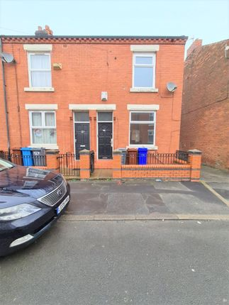 Thumbnail Terraced house to rent in Barrington Street, Manchester