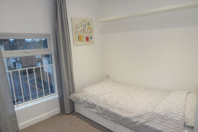 Thumbnail Studio to rent in Fisherton Street, Salisbury, Wiltshire