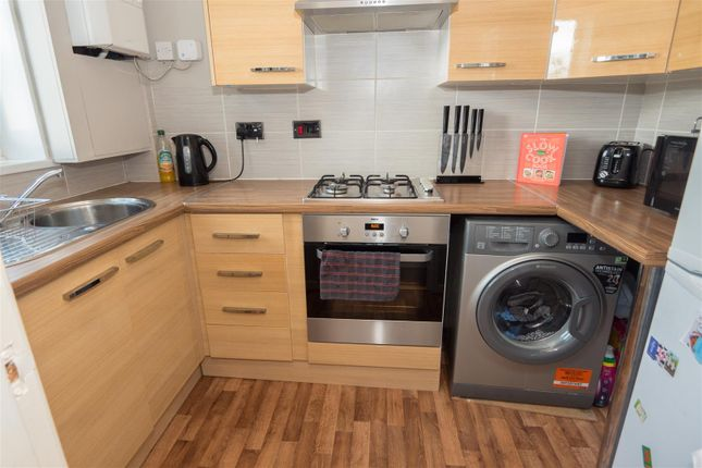 Kitchen of Buckfast Court, Bradford BD10
