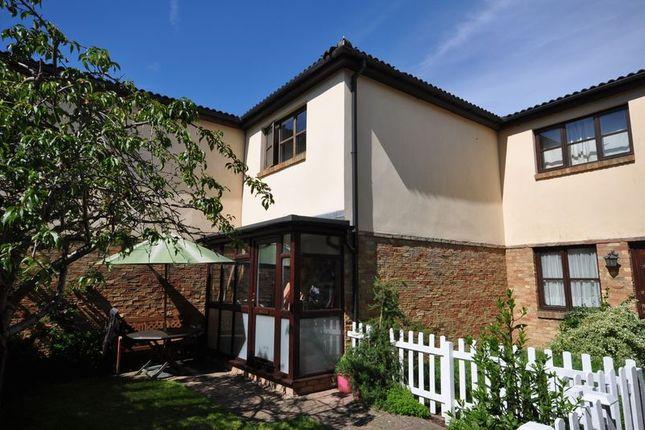2 bed terraced house for sale in Wellington Gardens, Twickenham