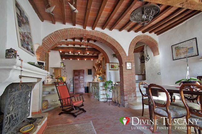 4 bed town house for sale in Via Della Fortuna, Pienza, Siena, Tuscany, Italy