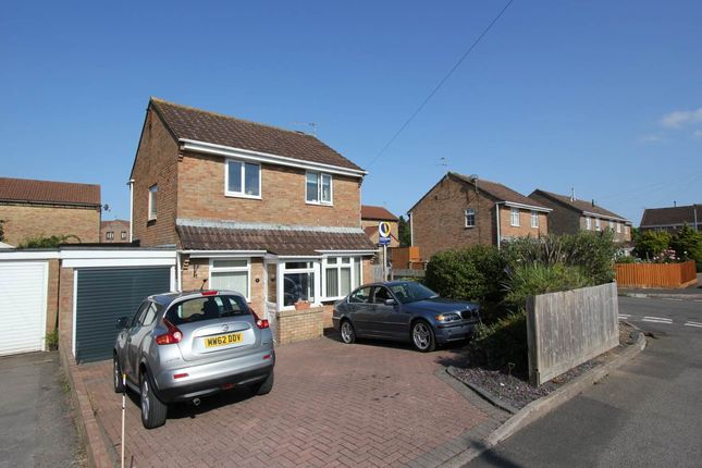 Thumbnail Detached house to rent in Fonmon Park Road, Rhoose, Vale Of Glamorgan