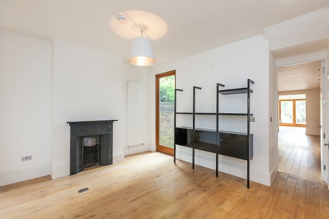 Thumbnail Property to rent in Barlby Road, London