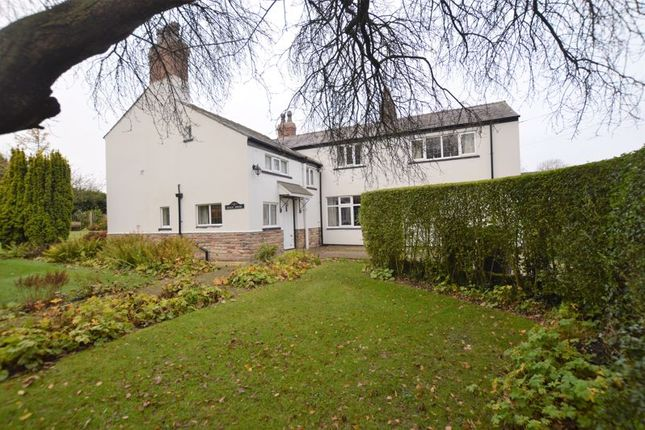 4 bed detached house for sale in High Street, Mawdesley L40