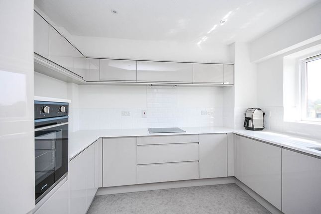 Thumbnail Flat for sale in Lownds Court, Queens Road, Bromley, Kent