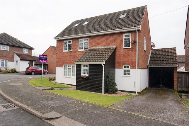 Thumbnail Detached house for sale in Montague Way, Billericay